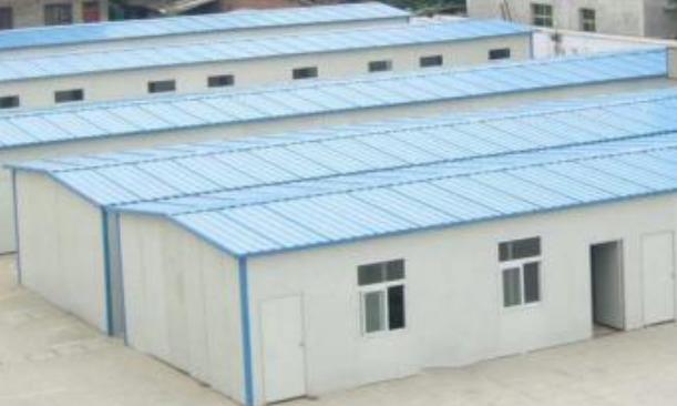重庆钢结构彩钢夹芯板住宿楼